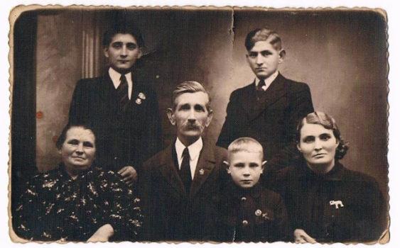 Tomasz Omonkowski z rodziną